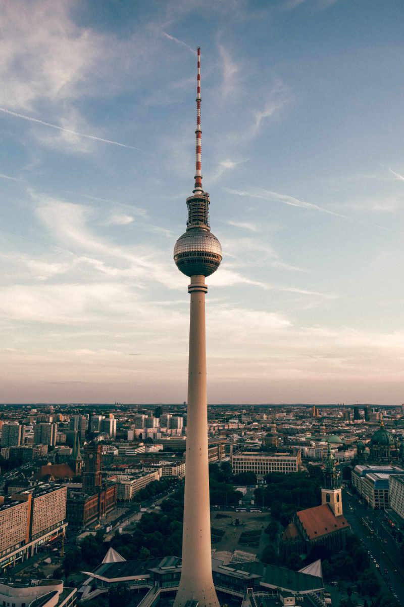 Study_in_Europe-Germany-claudio-schwarz-purzlbaum-pN684G33h_M-unsplash